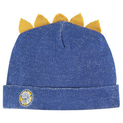 Knit cap with ridge and badge
