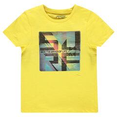 Short-sleeved, slub tee-shirt with decorative print.