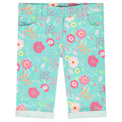 Twill capri pants with flowers printed all over
