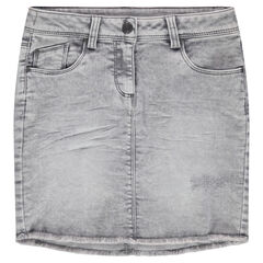 Used-effect short denim skirt with a fringed finish