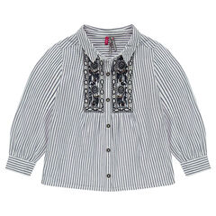 Long-sleeved shirt with thin stripes and placed embroidered details