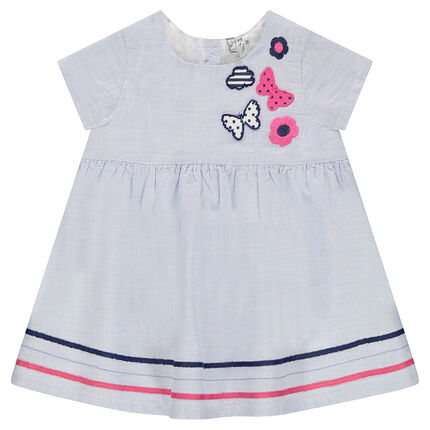 Short-sleeved dress with embroidered motifs and contrasting braid trimming
