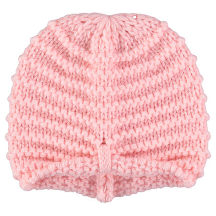 Pink beanie in thick knit fabric