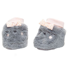 Sherpa booties with embroidered details ans sewn bows