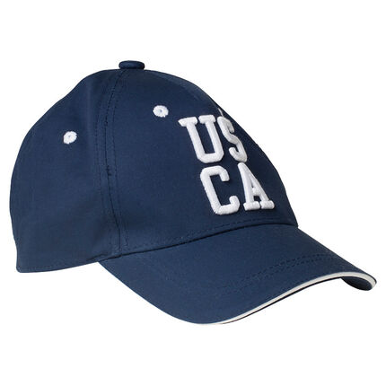 Twill cap with textured, embroidered writing