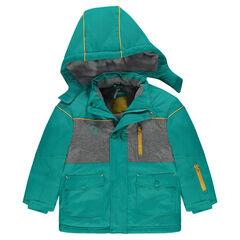 Waterproof ski jacket lined with microfleece