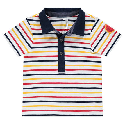 Short-sleeved polo shirt with contrasting stripes and a badge patch