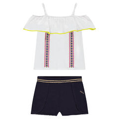 Junior - Ensemble with a frilled tank top and plain-colored shorts with seamed details
