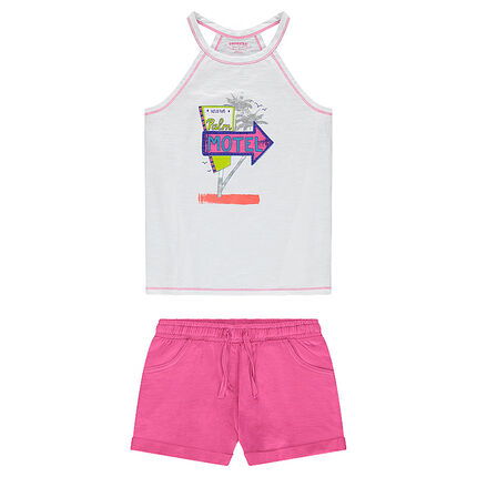 Junior - Ensemble with a printed tank top and pink shorts