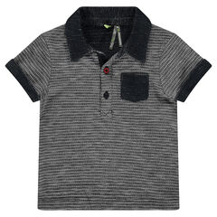 Short-sleeved polo shirt in an original knit fabric with patch pocket