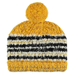 Popcorn knit cap with pompom