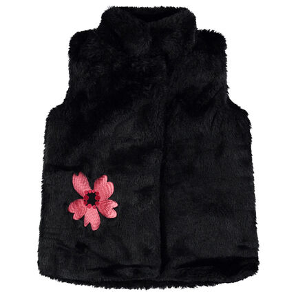 Sleeveless fake fur vest with an embroidered flower