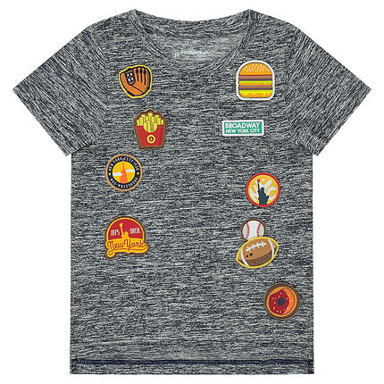 Short-sleeved tee-shirt with patched badges