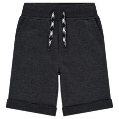 Plain-colored fleece bermuda shorts with pockets