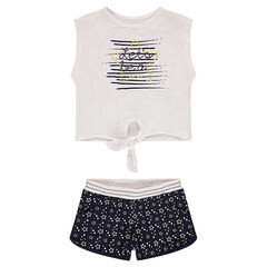 Ensemble with a knotted tee-shirt and shorts featuring allover printed stars