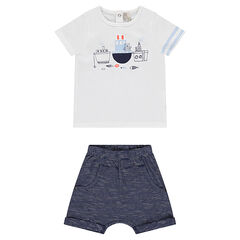 Ensemble with a tee-shirt and harem pants-style striped shorts