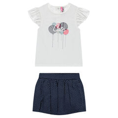 Ensemble with a tee-shirt featuring embroidered balloons and pleated shorts