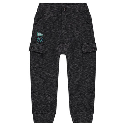 Low-crotched fleece pants with pockets
